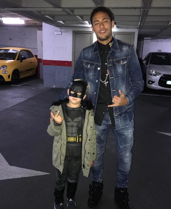 Neymar posa com o filho Davi Lucca (Foto: Reprodução / Instagram)