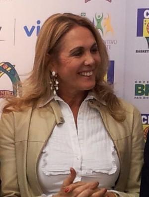Hortência é madrinha do projeto (Foto: Juliana Vieira / GloboEsporte.com)