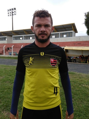 Moisés, zagueiro do Flamengo-PI (Foto: Abdias Bideh/ECF)
