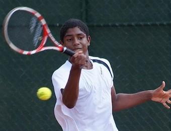 João Lucas Reis tenista equipe de São José dos Campos Tênis (Foto: Notitênis / Divulgação)