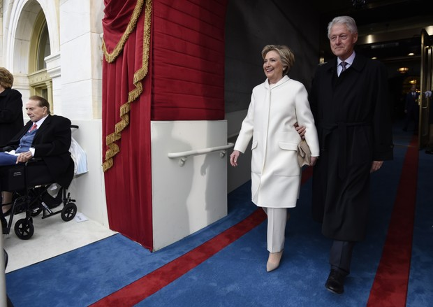 Hillary Clinto e Bill Clinton na posse de Donald Trump (Foto: AFP)