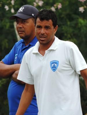 Luciano Bainao, técnico, Osvaldo Cruz (Foto: Murilo Rincon / GloboEsporte.com)