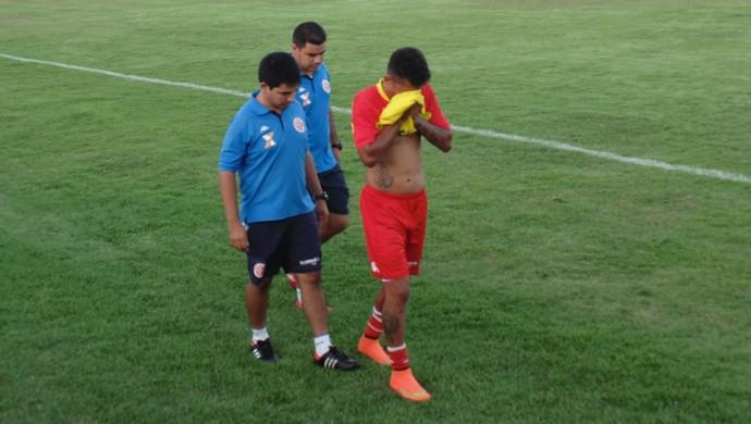 Thiago Potiguar, meia do América-RN (Foto: Alexandre Filho/GloboEsporte.com)