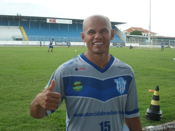 Fabiano Gadelha,  Marília
