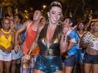 Andréa de Andrade volta à folia e fala do corpo: 'Pernão e bumbum grande'