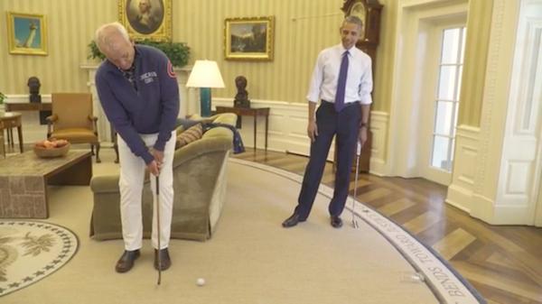 Bill Murray e Barack Obama jogam golfe na Casa Branca (Foto: Twitter)