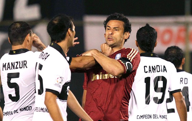 Fred jogo Olimpia e Fluminense (Foto: Ricardo Ayres / Photocamera)