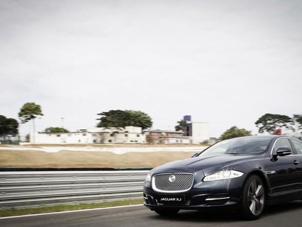 438bd7f9a8656 Auto Esporte - Diretor da Jaguar confirma produção de SUV de luxo