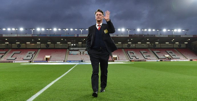 Van Gaal deixa o Manchester United (Foto: Reuters)