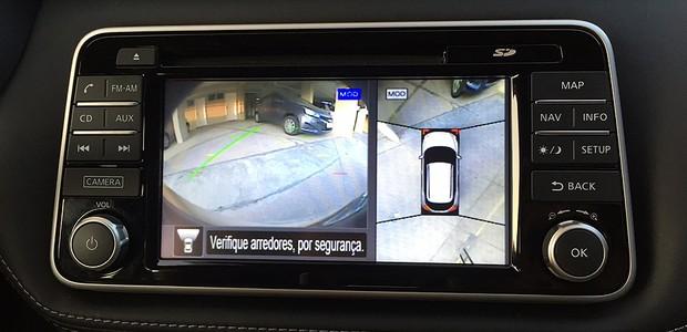 Câmera 360° do Nissan Kicks (Foto: Michelle Ferreira/Autoesporte)