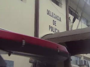 Delegacia de Lorena (Foto: Reprodução/ TV Vanguarda)