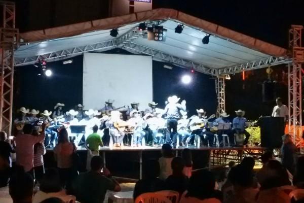 Circuito Festa Junina Uberlandia : Rede globo gt circuito junino mais de mil pessoas