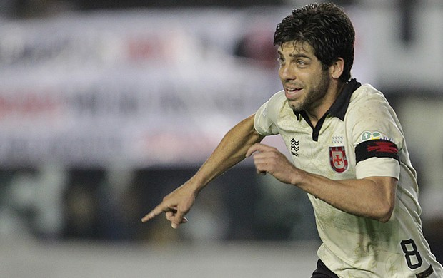 Juninho gol Vasco x Criciúma (Foto: Marcelo Sadio / Flickr do Vasco)