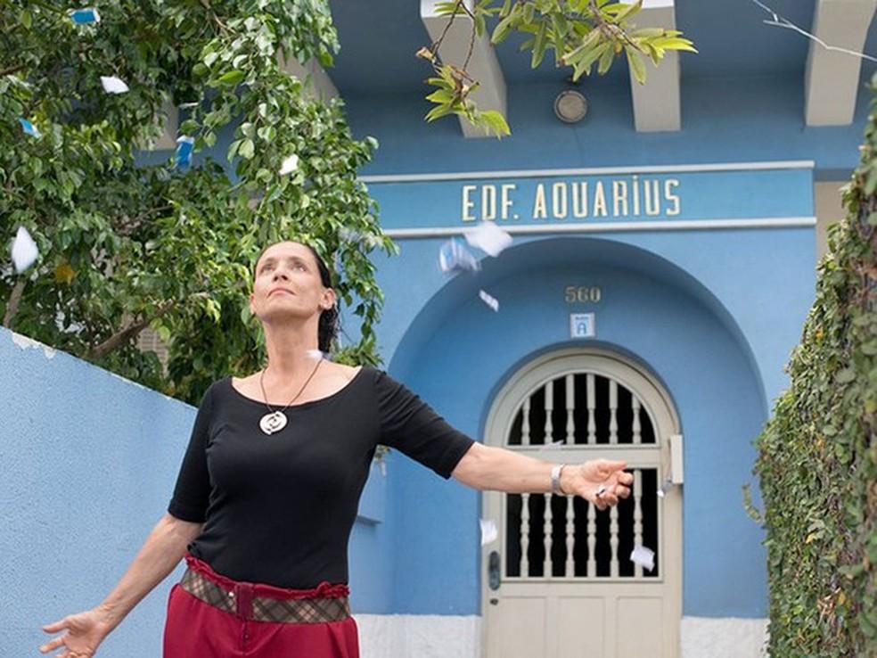 Sônia Braga, em cena de 'Aquarius' (Foto: Divulgação)