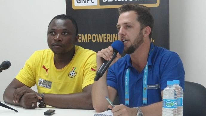 Ibrahim Sannie Coletiva Gana (Foto: Viviane Leão/GloboEsporte.com)