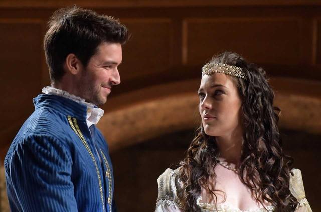 Bernardo Velasco e Adriana Birolli em cena de 'Belaventura' (Foto: Blad Meneghel/ Record TV)