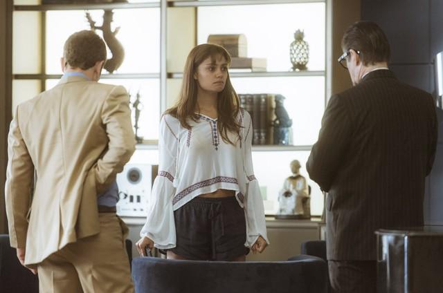Sophie Charlotte em cena de 'Os dias eram assim' (Foto: TV Globo)
