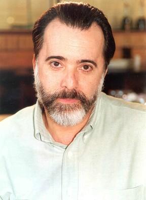 Em belíssima, em 2005,  Tony deu até uma rejuvenescida com o corte, não? (Foto: TV Globo / Kiko Cabral)