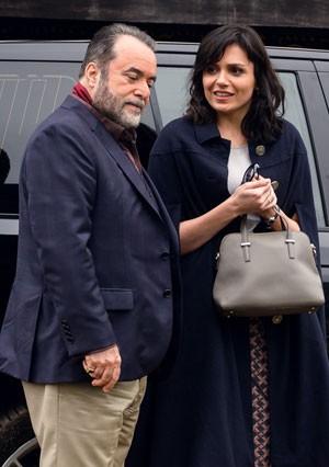 Tony Ramos e Monica Iozzi (Foto: Ramón Vasconcelos/TV Globo)