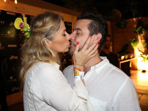 Adriane Galisteu com o marido, Alexandre Iódice (Foto: Francisco Cepeda e Denilson Santos/ Ag. News)