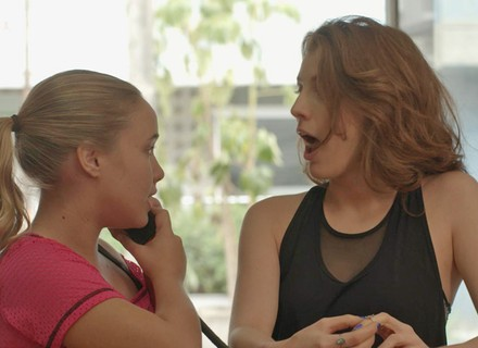 Juliana e Martinha armam vingança contra Jabá