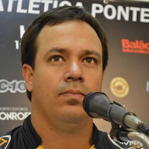 Dado Cavalcanti Ponte Preta (Foto: Vinícius Bueno)
