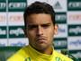 Jean sofre fissura no pé direito e vira mais um desfalque no Palmeiras