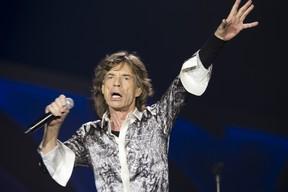 Mick Jagger se apresenta com a banda Rolling Stones em Oslo, na Noruega (Foto: Terje Bendiksby/ AFP)