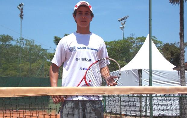 O tenista Lucas Guitarrari, de São José dos Campos (Foto: Danilo Sardinha/Globoesporte.com)