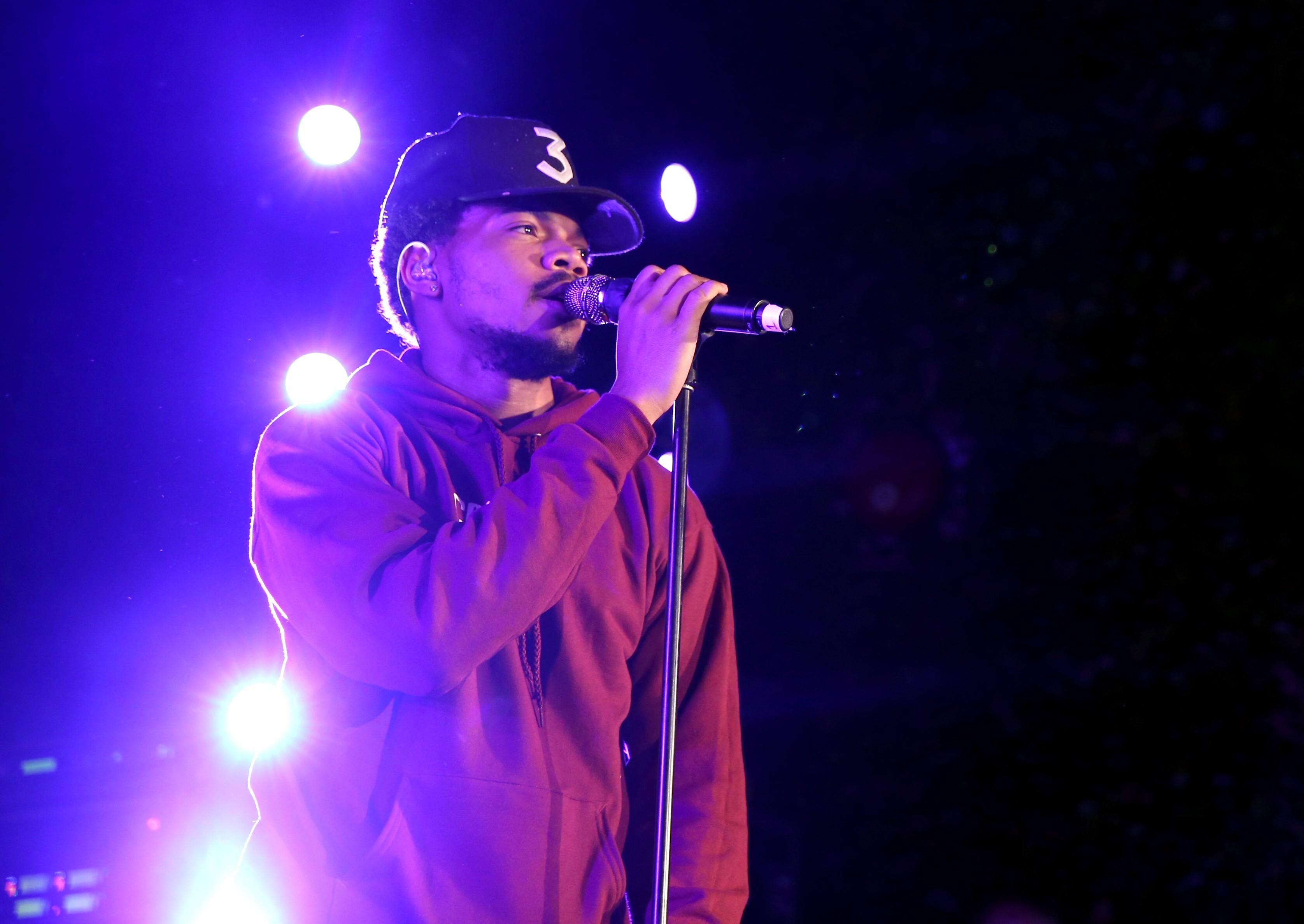 Chance The Rapper conseguiu arrecadar mais de US$ 100 mil em sua festa de aniversário (Foto: Getty Images/ onathan Leibson)