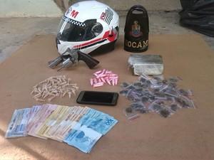 PM apreendeu drogas durante operação em Sorocaba (Foto: PM/Divulgação)