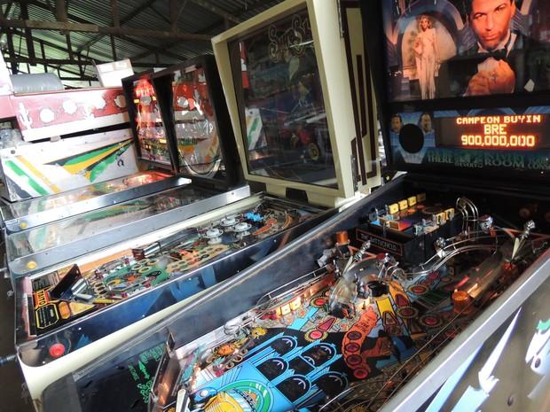 As máquinas restauradas por Batalha têm preço inicial de R$8 mil (Foto: Pedro Carlos Leite/G1)