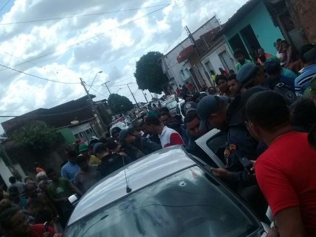Dois homens e a mulher que ficaram gravemente feridos durante o tiroteio em São Luís (Foto: Divulgação/Polícia)