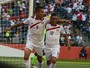 """Amigos, Guerrero e Cueva apostam: """"Um grande jogo, mas sou Mengão"""""""
