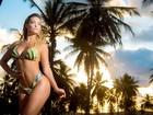 Rainha da 'Inocentes' posa para ensaio de biquíni na Bahia