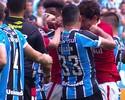 Edílson pega 5 jogos de suspensão por socos em Dourado no Gre-Nal 411
