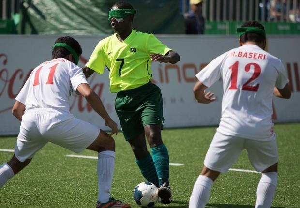 Partida do Futebol de 5 (Foto: Daniel Zappe/MPIX/CPB)