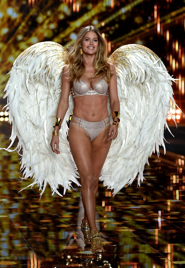 Victoria's Secret Fashion Show 2014 - Doutzen Kroes (Foto: Getty Images)