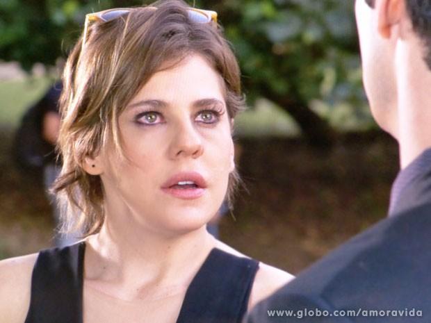 Edith põe Félix contra a parede (Foto: Amor à Vida/ TV Globo)