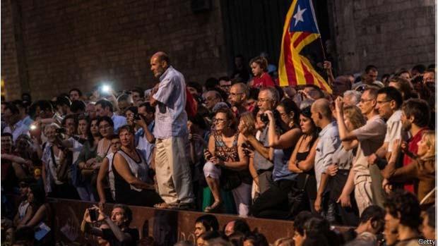 Para o dia 11 de setembro, foram marcadas celebrações pró e contra a independência da região da Catalunha (Foto: Getty/ BBC)