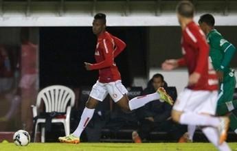 Vila contrata atacante Leandrinho, de 21 anos, revelado pelo Internacional