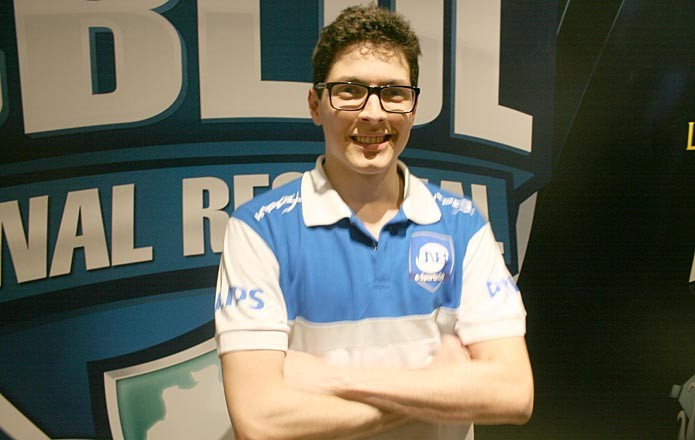 Alocs, o suporte da CNB no League of Legends (Foto: Feipe Vinha)