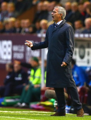 Mourinho, Burnley X Chelsea (Foto: Getty Images)