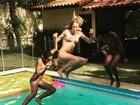 Luana Piovani pula na piscina e mostra corpo tonificado em vídeo