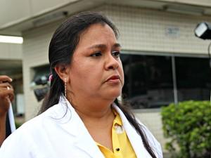 Secretária Geral do Simeam, Patrícia Sichhar falou durante o ato (Foto: Ive Rylo/ G1 AM)