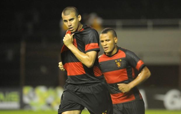 Sport x Porto-PE - Neto Baiano (Foto: Aldo Carneiro/ Pernambuco Press)