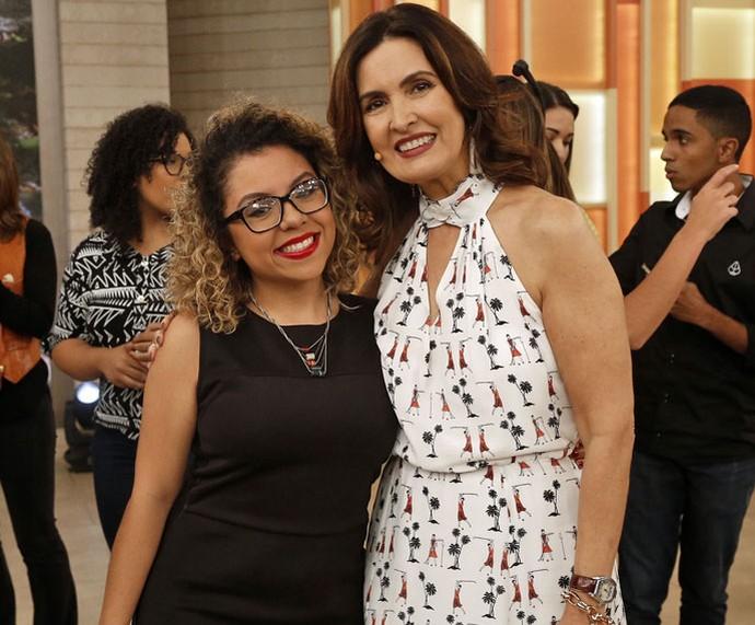 Babi Souza, criadora do movimento 'Vamos Juntas', com a Fátima  (Foto: Raphael Dias/Gshow)
