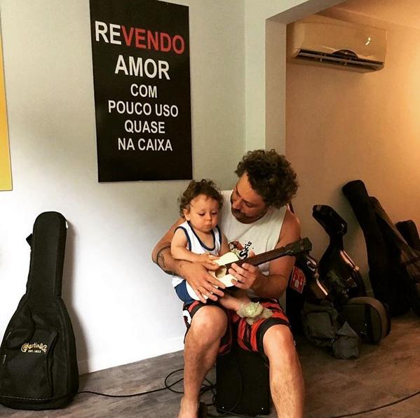 Alexandre Nero e o filho (Foto: Reprodução/Instagram)
