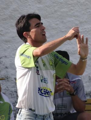 Alisson Dantas, técnico do Ipanema (Foto: Leonardo Freire/GloboEsporte.com)