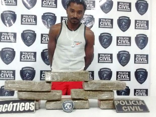José Frazão foi preso quando desembarcava de ônibus (Foto: Divulgação/Senarc-MA)